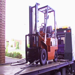 FORKLIFT TOW